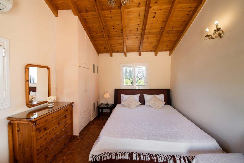 lefkada accommodation attic room villa loucia 2
