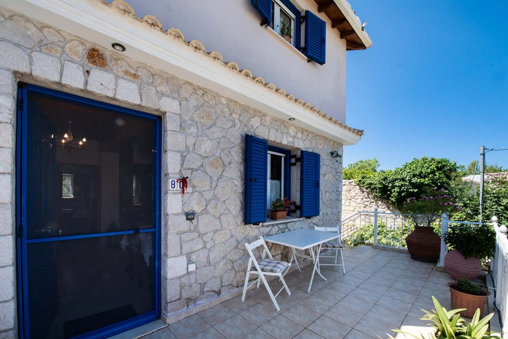 lefkada accommodation house rental balcony