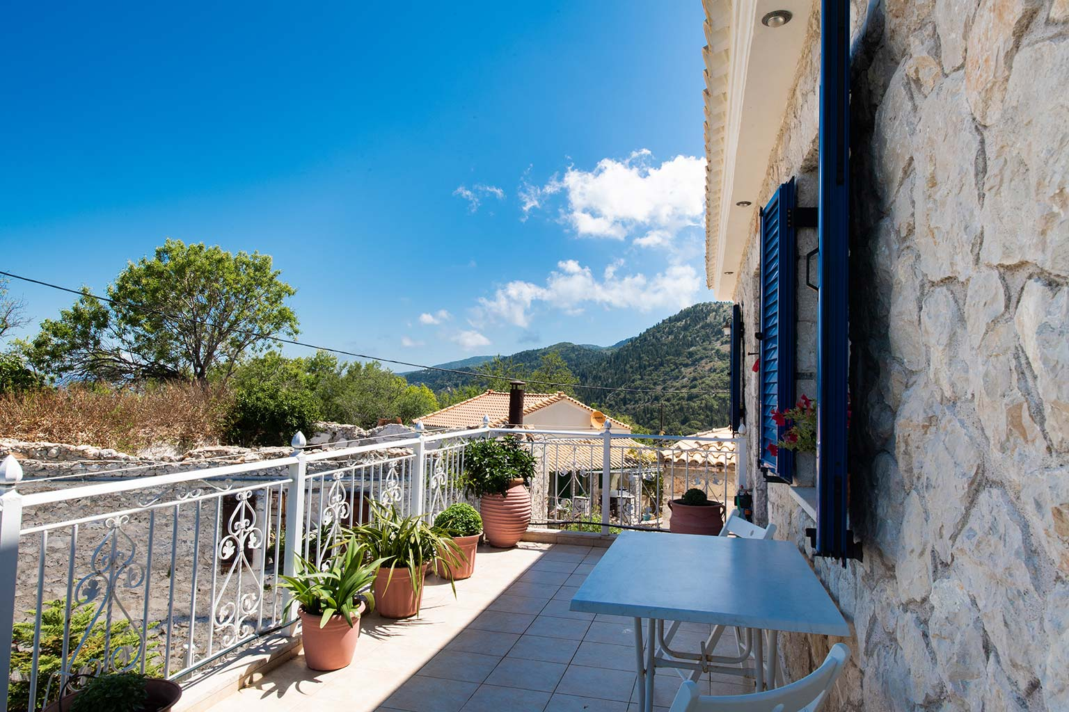 lefkada accommodation house rental balcony 2