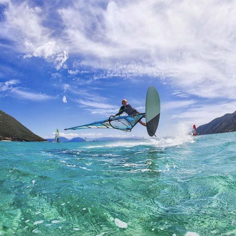 lefkada windsurfing