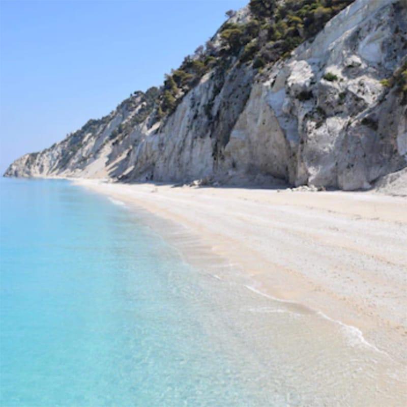 lefkada accommodation egremni beach 1