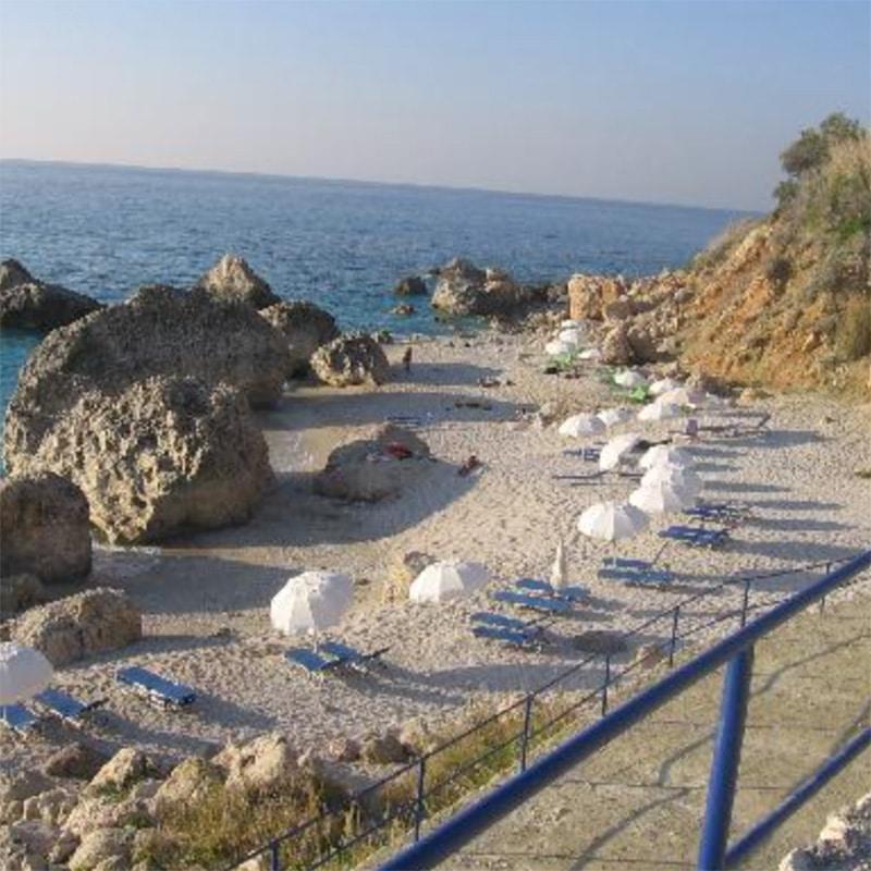 lefkada accommodation kalamitsi beach